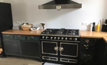 Plan de travail de cuisine en bois sur mesure à Paris